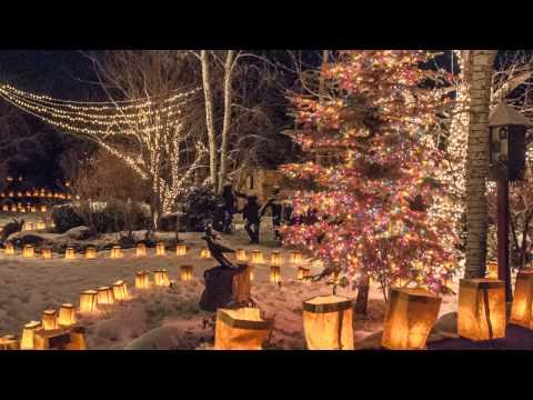 Canyon Road Christmas Eve Farolito Walk Sharing Santa Fe Adrienne Deguere Vanessa Rios Y Valles