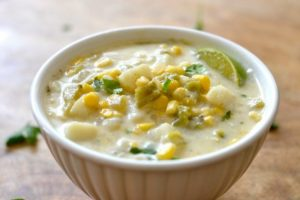green-chile-chowder-good-in-the-simple-650x434